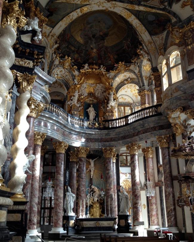 Hofkirchefull